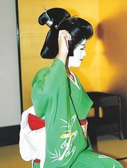 Hannari Gion 026 (cdowney086) Tags: gionkobu  geiko geisha   takamaru