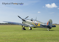 Spitfire Mk.Vb EP122 (Elliptical Photography) Tags: spitfire supermarine mkvb duxford aircraft airshow airworthy aviation flying flight fighter imperialwarmuseum iwm