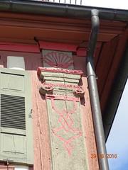 Hausecke in hringen-Michelbach barocke Holzsule, ionisches Kapitell. (stoerche-bw) Tags: sule pilaster