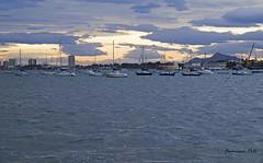 Movimiento en los veleros (Fotgrafo-robby25) Tags: atardecerenelmarmenor fujifilmxt1 lopagnmurcia marmenor nubes salinasyarenalesdesanpedrodelpinatar