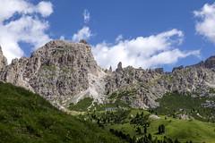 Trentino - Alto Adige (Italy) - Passo Gardena Grdner Joch (Massimo Battesini) Tags: nationalgeographic worldtrekker fujifilmxt1 fuji xt1 fujixt1 fujifilm finepix fujinon fujinonxf18135 fuji18135 fujifilmfujinonxf18135mmf3556rlmoiswr montagna montagne dolomiti mountains montaas berg dolomite dolomitas dolomites alpi alpes alps alpen italy italia italie italien trentinoaltoadige europa europe passogardena grdnerjoch valgardena valbadia selvadivalgardena it