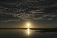 Sunrise at Filey bay (Keartona) Tags: filey sunrise sun water beach yorkshire morning sky clouds highcloud peaceful beautiful coast landscape seascape horizon sea