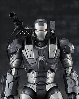 S.H. Figuarts Warmachine 鋼鐵人 戰爭機器