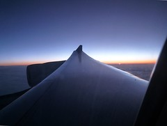 Sunset viewed from the plane on the way to Oman (John Steedman) Tags: sunset sonnenuntergang coucherdesoleil puestadelsol