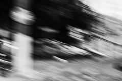 MOVIMENTOS -  (27) (ALEXANDRE SAMPAIO) Tags: cidade luz linhas branco brasil photo arte artificial pb preto contraste urbano beleza fotografia formas dor desenhos franca pretoebranco movimentos grfico fora calor experimento criao exposio grafismo universo composio emoo divino sensibilidade produo experimentao sensao admirao tenso invisvel sensvel visvel fotografiapretoebranco alexandresampaio