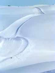 in BULLACCIA il sentiero che dall'arrivo seggiovia porta alla cima sopra la GARDENA (aldofurlanetto) Tags: sentiero bullaccia seiseraalm