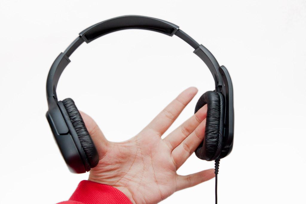 超值好音質 – 羅技遊戲耳機麥克風 G130 @3C 達人廖阿輝