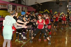 Fives! 1302177738w (gparet) Tags: rollerderby valley hudson derby horrors flattrack wftda apocalips zombsquad hvhrd draculadies