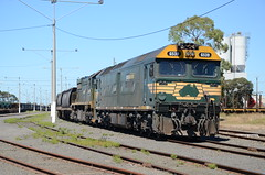 G539-XR553 stabled on a grain train at North Geelong C (vicrailways) Tags: yard train pacific g grain class national freight xr vline stabled g539 xr553