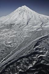 Koryaksky (nakedst) Tags: travel mountain snow landscape volcano scenery mount fareast heli kamchatka    koryaksky   avacha    canoneos7d