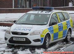 Staffordshire police/ford focus estate/incident response vehicle/VX09 FFK/ (policeambulancefire(3)) Tags: uk blue two english ford car lights pier focus call estate police headlights grill led yelp wig vehicle leds british hilo alpha emergency incident staffordshire tone response 999 sirens wail bullhorn whelen strobes wags ffk repeaters vx09 vx09ffk