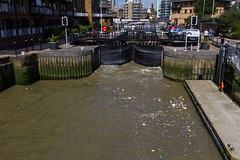 The Cut to the Thames August 2016 (12 of 42) (johnlinford) Tags: canon canonefs1022 canoneos7d docklands limehouse lock lockgates london river riverthames thames uk urban water landscape