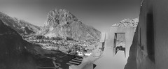 Ollantaytambo (Cusco, Per. Gustavo Thomas  2016) (Gustavo Thomas) Tags: ancient archaeology cusco blackandwhite landscape travel monochrome bnw per ollantaytambo