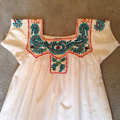 Fake Mexican Blouse From India (Teyacapan) Tags: fakemexicanblouse fakemexicanclothing india asian embroidered blouses