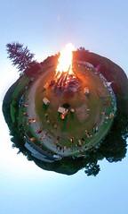 13987431_10101816747774935_8738403631730790241_o (Josh Kesner) Tags: theta ricoh ricohthetas thetas theta360 360 spherical selfportrait wassaic ny bonfire fire