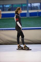 A37W7189 (rieshug 1) Tags: speedskating schaatsen eisschnelllauf skating nkjunioren knsb nkjuniorenallroundafstanden afstanden allround 50010001500massstart demeent alkmaar sportcomplexdemeent juniorenc ladies dames 500m