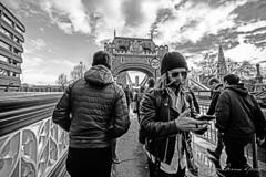 You enter and I leave (Mario Rasso) Tags: mariorasso nikond810 nikon london cityoflondon londres bridge towerbridge blackandwhite blackwhite