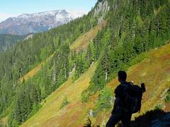 Admiring the views (cruiznbye) Tags: lookout hiddenlake hiking fall meadows peaks northcascades cascades