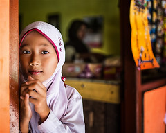 Indonesia (mokyphotography) Tags: indonesia giava scuola school portrait ritratto people persone viso face eyes occhi bambina girl