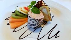 (Fay2603) Tags: dessert nachtisch eis gelato icecream halbgefrorenes schokolade minze torta dolce menta fruits frchte obst frutta creme ssigkeiten sses sweet dolci orange grn green rot red rosso verde