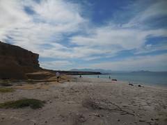 Beach Walks (ExpeditionTrips) Tags: bajacalifornia bajacruisevacations safariendeavour uncruise expeditiontrips kayaking wildlifephotography travel