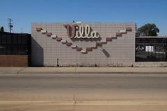 Villa Motel (rickele) Tags: fresno villamotel cinderblock cursive script roadsidemotel livedin weeklyrates notell