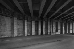 post and beam, Union Station 2015 (Clay Percy) Tags: blackwhite bw buildings urban urbanlandscape concrete city