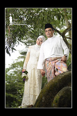 Ezam and Ekin's Wedding - shot 1 ( Ringgo Gomez ) Tags: hijab nikon80200mm nikond90 malaysianphotographers perfectphotographer sarawakborneo nikond90club