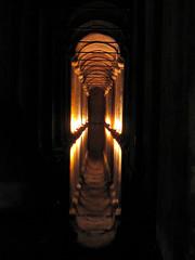 cisterna (Fernando Stankuns) Tags: turkey photo asia europa europe basilica türkiye istanbul fernando fotografia istambul turquia turkish cistern basílica ásia cisterna bósforo yerebatansarnıcı mármara stankuns