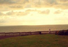 La terrazza sul mare (Ska * mon) Tags: sea sky seascape verde green field clouds nuvole mare cielo campo prato terrazza