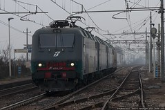 Prima Volta (Raffaele Russo (LeleD445)) Tags: railroad europa milano tx cargo container verona tc venezia lis tec lok traxx logistik carvo railfans quadrante e405 smistamento lokzug