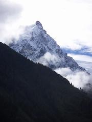 Chamonix - Le Mont Blanc (Hlne_D) Tags: mountain snow france alps fog montagne alpes glacier neige savoie chamonix brouillard montblanc hautesavoie rhnealpes chamonixmontblanc margionrhnealpes rhnealpesfrance