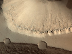 ESP_013144_2075 (UAHiRISE) Tags: mars space science nasa jpl hirise mro