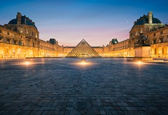 Le Louvre - Paris (Beboy_photographies) Tags: paris france architecture place louvre le palais pyramide lelouvre louvres lelouvres