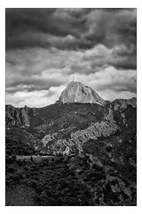 Rock Stone 2 (Gabi Monnier) Tags: bw france canon landscape hiver rando nb jour provence paysage colline saintebaume provencealpesctedazur exterieur gmenos plandaups picdebertagne canoneos600d gabimonnier