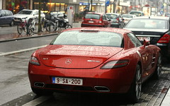 Raining cats and dogs. (Tom Daem) Tags: mercedesbenz sls amg