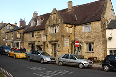 Stow on the Wold, Royalist Hotel (Clanger's England) Tags: gloucestershire stowonthewold lbs126330 et 2012 gradeiistarlistedbuilding poe wwwenglishtownsnet england wbi ebi ebb 3540km kml