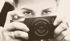 SortidazZ 50mm - RAWírez (Navard) Tags: barcelona beauty eyes bcn catalonia ojos catalunya cataluña fotógrafa nikon50mm nikond700 sortidazz salvadorcabréphotography navardphotography yolandarawirez