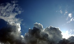 Clouds, sunny day, sky, Seattle, Washington, USA (Wonderlane) Tags: seattle sky usa clouds washington sunnyday 2050