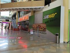 Plus City (austrianpsycho) Tags: shopping einkaufszentrum pasching pluscity comingsoon subway neueröffnung eröffnung schild sign mm mediamarkt