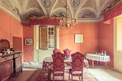 faded memories (Andy Schwetz - I LOVE DECAY) Tags: urbex lostplace abandoned decay forgotten castle castello pastel interior beautyindecay andyschwetz ilovedecay heartwoks canoneos60d urbanexploration fotografiemnchen fineart italy verfall vergessen verlasseneorte