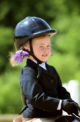 2016-06-19 (10) Black-Eyed Susan Horse Show - Upper Marlboro - Maryland - Emily (JLeeFleenor) Tags: photos photography md maryland uppermarlboro pgcountyequestriancenter blackeyedsusan series blackeyedsusanseries horses pony ponies equine equestrian girls woman femme frau vrouw donna mujer dona    ena kvinde nainen   n  wanita   kvinne  kobieta mulher  kvinna  kadn  youth youthactivities youthsports