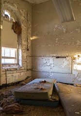 Sydenham Hospital for Communicable Diseases 2013 (kurttavares) Tags: urban abandoned hospital dead death for scary state decay baltimore haunted spirits vacant ghosts exploration asylum sydenham ue morgue urbex diseases ghouls communicable montobello