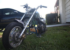 Blue-ish mini (Fernando Lenis) Tags: old school bike photo chopper pics craigslist mini american trucks