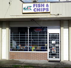 sry13a32 Happy Ocean Fish & Chips, Surrey BC (CanadaGood) Tags: britishcolumbia bc fish restaurant building sign 2013 canadagood colour color purple green canada thisdecade shopping surrey advertising text