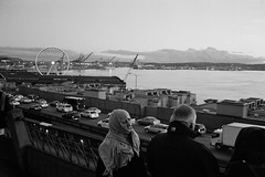 Seattle Waterfront (erikpettee) Tags: seattle blackandwhite bw iso800 washington d76 35mmfilm leicam7 kodaktrix400 pushprocessing processedathome opticfilm7600isescanner kodakchemistry leicasummicron35mm6elementf2