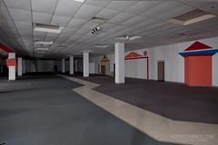 25 (detroiturbex.com) Tags: ohio urban abandoned mall square decay north center lakeside toledo urbanexploration vacant oh exploration ue urbex towne northtowne