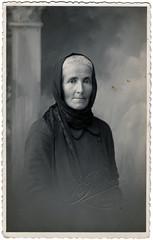 Bisnonna (miglio) Tags: pictures old war grandmother grandfather guerra story granny croazia nonno bisnonna cavalleria