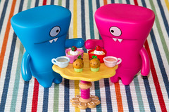 Uglyworld #1836 - Love Is In The Room (www.bazpics.com) Tags: bear pink blue love cup face cake breakfast table toy strawberry day heart tea action shaped room pair vinyl pudding together figure valentines adventures february 14th muffin uglydoll share wedgie uglydolls brekkie wedgehead uglyworld barryoneilphotography bemyflickrvalentine uglyadventures