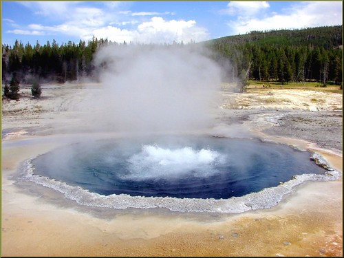 usa yellowstonenationalpark wyoming gysers volcanicactivity thermalpools dgrahamphoto